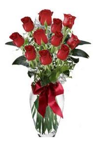 11 adet kirmizi gül vazo mika vazo içinde  Kahramanmaraş çiçek yolla
