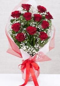 11 kırmızı gülden buket çiçeği  Kahramanmaraş çiçek yolla