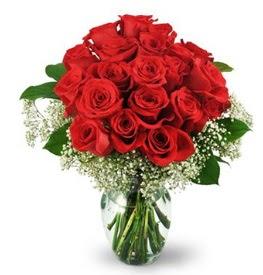 25 adet kırmızı gül cam vazoda  Kahramanmaraş 14 şubat sevgililer günü çiçek