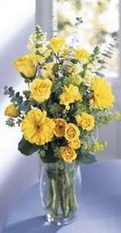 Kahramanmaraş online çiçekçi , çiçek siparişi  sari güller ve gerbera cam yada mika vazo