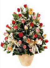 91 adet renkli gül aranjman   Kahramanmaraş çiçek siparişi vermek