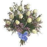 bir düzine beyaz gül buketi   Kahramanmaraş çiçek siparişi vermek