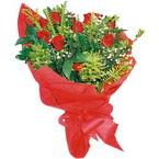 10 adet kirmizi gül buketi  Kahramanmaraş online çiçek gönderme sipariş