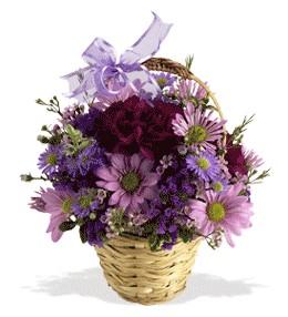 Kahramanmaraş çiçek gönderme sitemiz güvenlidir  sepet içerisinde krizantem çiçekleri