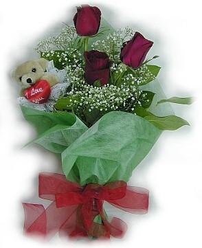 3 adet gül ve küçük ayicik buketi  Kahramanmaraş çiçek yolla , çiçek gönder , çiçekçi