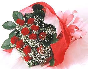 12 adet kirmizi gül buketi  Kahramanmaraş çiçek yolla , çiçek gönder , çiçekçi