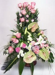 Kahramanmaraş anneler günü çiçek yolla  özel üstü süper aranjman