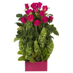 12 adet kirmizi gül aranjmani  Kahramanmaraş ucuz çiçek gönder