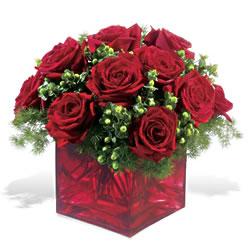 Kahramanmaraş online çiçek gönderme sipariş  9 adet kirmizi gül cam yada mika vazoda