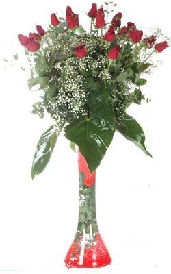 Kahramanmaraş çiçek gönderme sitemiz güvenlidir  19 ADET GÜL VE FIL CAM AYAGI
