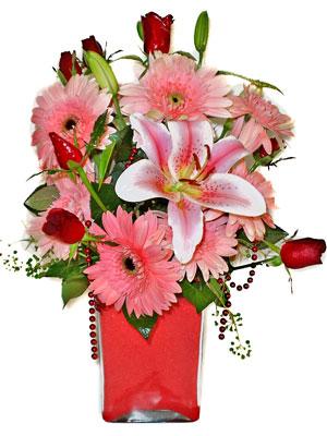 Kahramanmaraş çiçek yolla , çiçek gönder , çiçekçi   karisik cam yada mika vazoda mevsim çiçekleri mevsim demeti