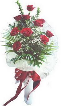 Kahramanmaraş hediye sevgilime hediye çiçek  10 adet kirmizi gülden buket tanzimi özel anlara