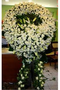 Cenaze çelenk , cenaze çiçekleri , çelengi  Kahramanmaraş uluslararası çiçek gönderme