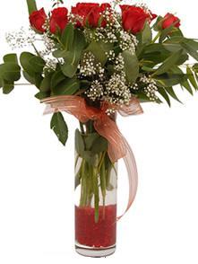 9 gül sevdiklerinize  Kahramanmaraş uluslararası çiçek gönderme