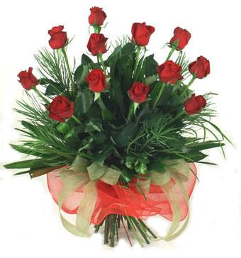 Çiçek yolla 12 adet kirmizi gül buketi  Kahramanmaraş çiçekçi mağazası