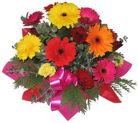 Karisik mevsim çiçeklerinden buket  Kahramanmaraş çiçekçi telefonları