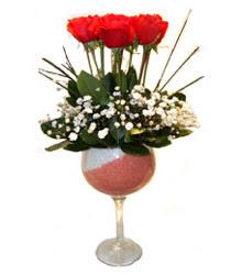Kahramanmaraş kaliteli taze ve ucuz çiçekler  cam kadeh içinde 7 adet kirmizi gül çiçek