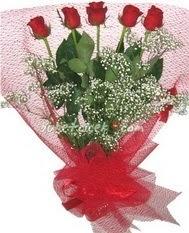 5 adet kirmizi gülden buket tanzimi  Kahramanmaraş online çiçek gönderme sipariş