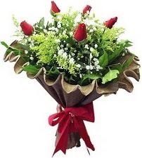 Kahramanmaraş online çiçekçi , çiçek siparişi  5 adet kirmizi gül buketi demeti