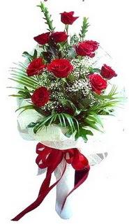 Kahramanmaraş anneler günü çiçek yolla  10 adet kirmizi gül buketi demeti