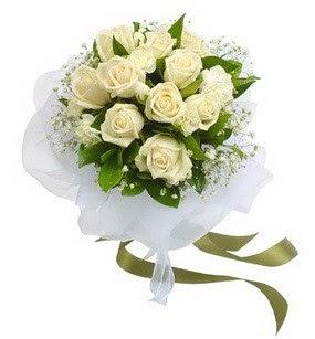 Kahramanmaraş internetten çiçek satışı  11 adet benbeyaz güllerden buket