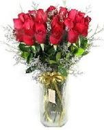 27 adet vazo içerisinde kırmızı gül  Kahramanmaraş internetten çiçek siparişi