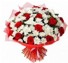 11 adet kırmızı gül ve 1 demet krizantem  Kahramanmaraş ucuz çiçek gönder