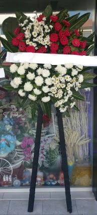 Cenaze çiçeği cenaze çiçek modelleri  Kahramanmaraş çiçek servisi , çiçekçi adresleri