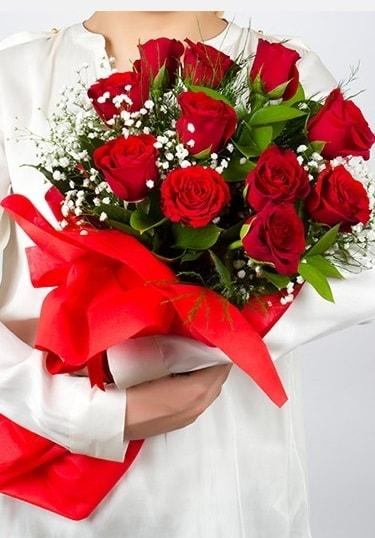 Aşk Gülleri 11 Adet kırmızı gül buketi  Kahramanmaraş cicekciler , cicek siparisi