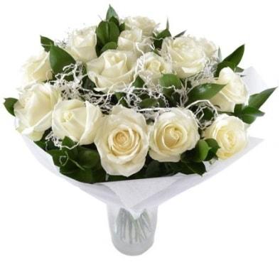 15 beyaz gül buketi sade aşk  Kahramanmaraş uluslararası çiçek gönderme