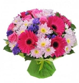 Karışık mevsim buketi mevsimsel buket  Kahramanmaraş uluslararası çiçek gönderme